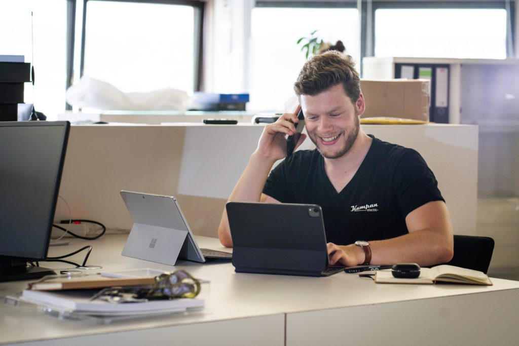 We are looking for a Helpdesk Specialist